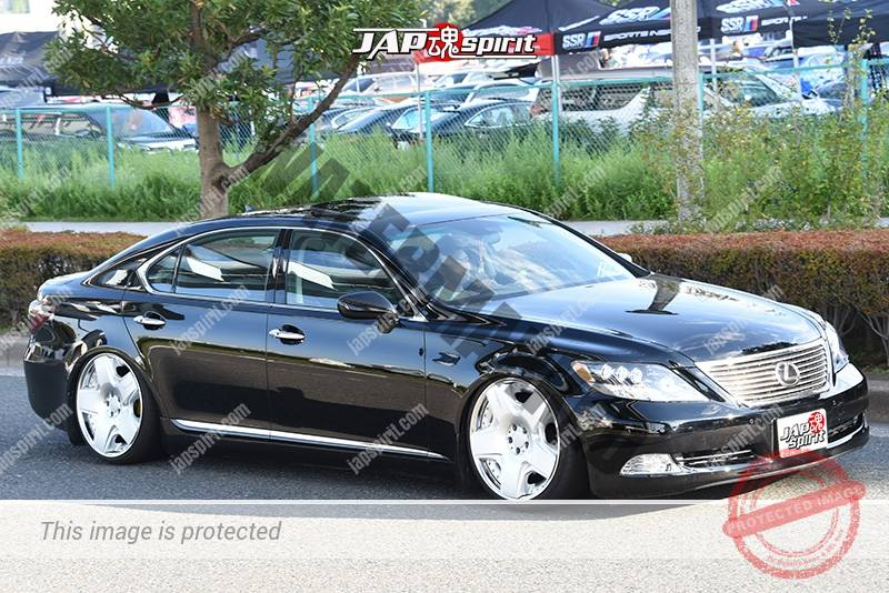 Photo of Stancenation 2016 Lexus LS460 hellaflush tsuraichi VIP black body at odaiba