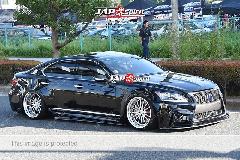 Photo of Stancenation 2016 Lexus LS600 USF4 hellaflush tsurauchi VIP very low black body at odaiba