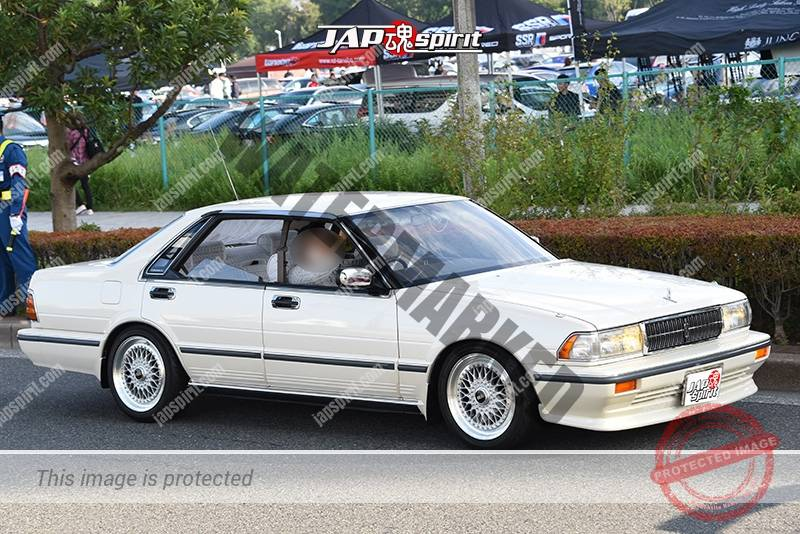 Photo of Stancenation 2016 Nissan Cedric Y31 kyusha white body at odaiba