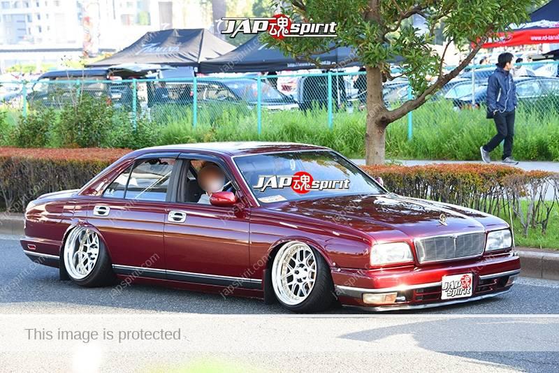 Photo of Stancenation 2016 Nissan Cima FY32 hellaflush VIP tsurauchi negative camber brown body at odaiba