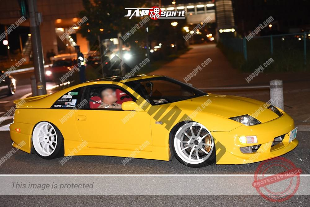 Photo of Stancenation 2016 Nissan Fairlady Z32 hellaflush yellow body white wheel at odaiba