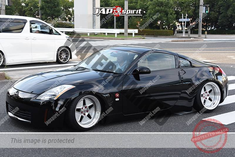 Photo of Stancenation 2016 Nissan Fairlady Z33 hellaflush black body at odaiba