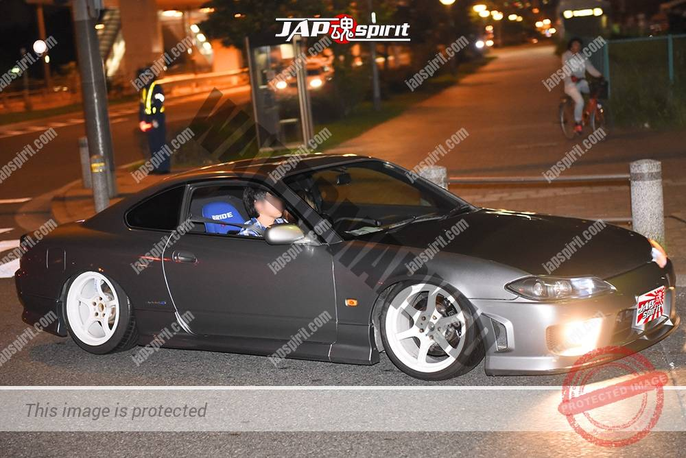 Photo of Stancenation 2016 Nissan Silvia S15 hellaflush tsuraichi silver body white wheel at odaiba