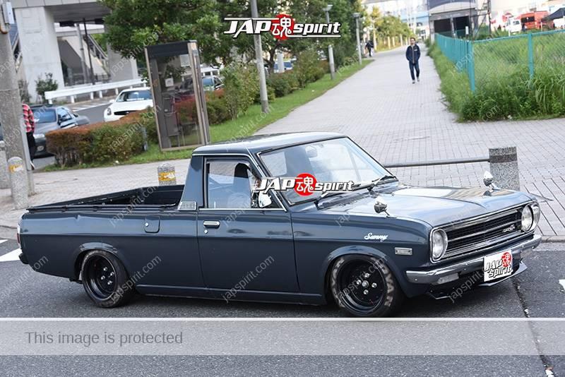 Photo of Stancenation 2016 Nissan Sunny truck hellaflush deep grey body at odaiba