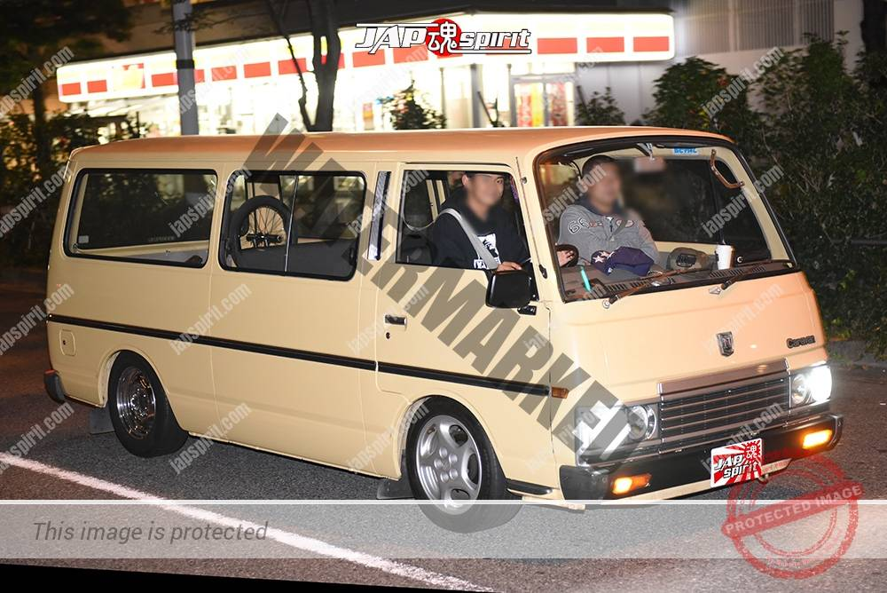 Stancenation 2016 Nissan caravan E24 light yellow body at odaiba 1