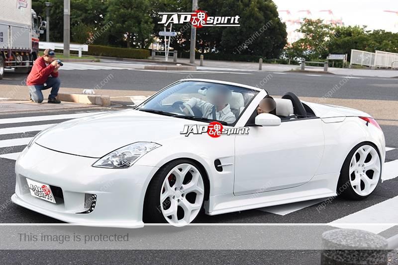 Photo of Stancenation 2016 Nissan fairlady Z33 convertivle hellaflush white body at odaiba