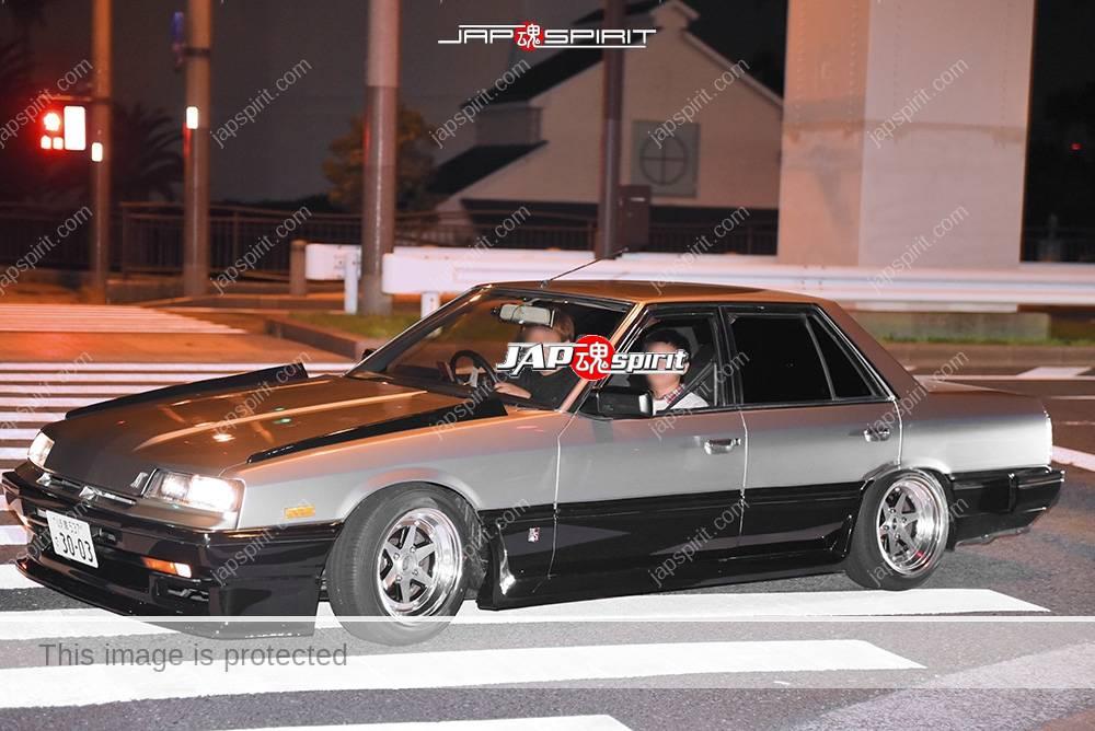 Photo of Stancenation 2016 Nissan skyline R30 tekkamen hellaflush silver & black two tone color at odaiba