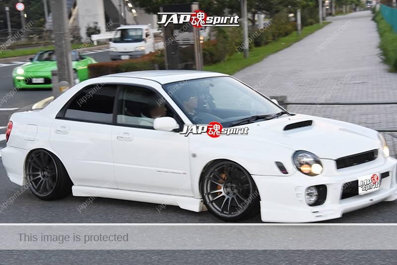 Photo of Stancenation 2016 Subaru Impreza WRX hellaflush white body black wheel at odaiba