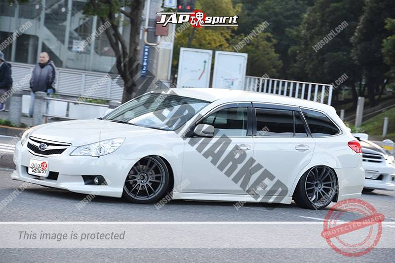 Photo of Stancenation 2016 Subaru Legacy 6th BN hellaflush tsurauchi white body at odaiba