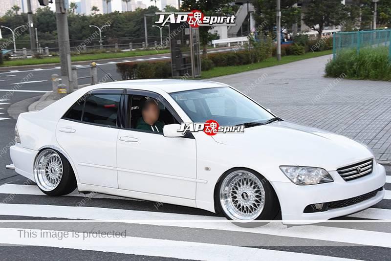 Photo of Stancenation 2016 Toyota Altezza hellaflush white body at odaiba