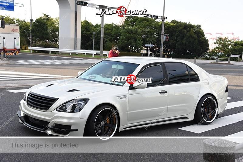 Photo of Stancenation 2016 Toyota Celsior F30 VIP style white body at odaiba