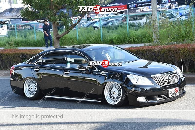 Photo of Stancenation 2016 Toyota Crown Majesta S200 VIP hellaflush very low tsurauchi black body at odaiba