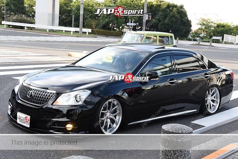 Photo of Stancenation 2016 Toyota Crown Majesta VIP hellaflush black body at odaiba