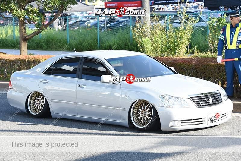 Photo of Stancenation 2016 Toyota Crown S18 VIP hellaflush tsurauchi very low camber white body