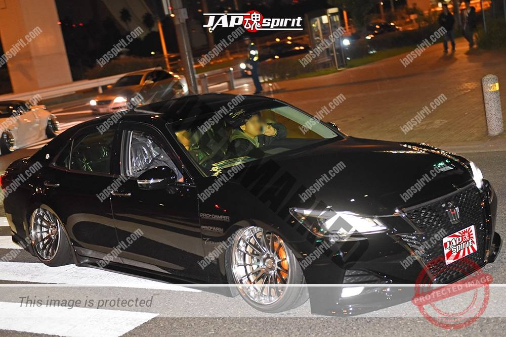 Stancenation 2016 Toyota Crown S21 VIP hellaflush black body at odaiba 1