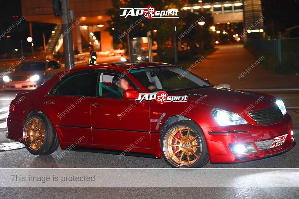 Photo of Stancenation 2016 Toyota Crown majesta s180 vip style Dark red body gold wheel at odaiba