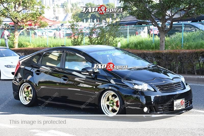 Photo of Stancenation 2016 Toyota Prius ZVW3 hellaflush tsuraichi black body