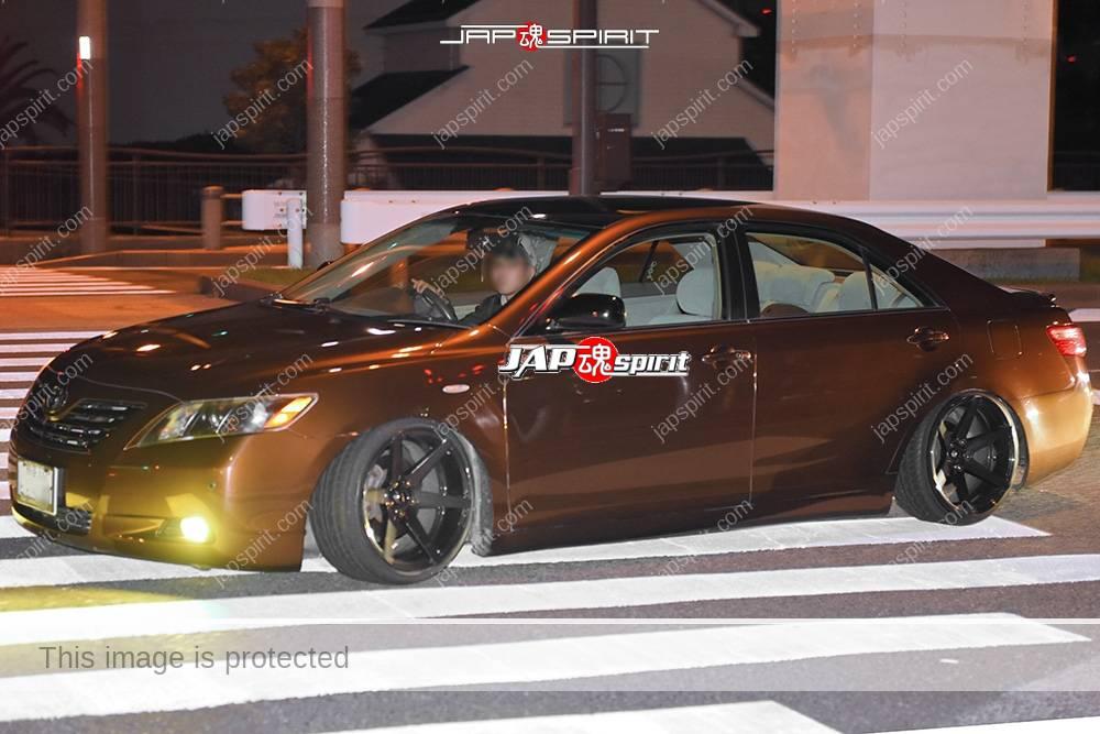Stancenation 2016 Toyota XV40 Hellaflush brown body at Odaiba 1