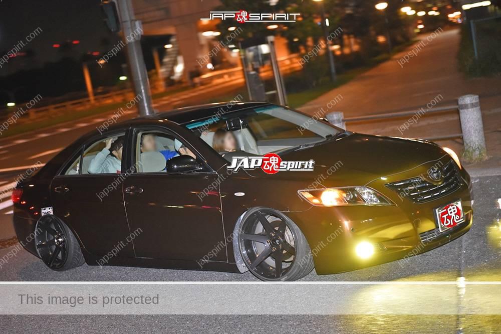 Stancenation 2016 Toyota XV40 Hellaflush brown body at Odaiba 2