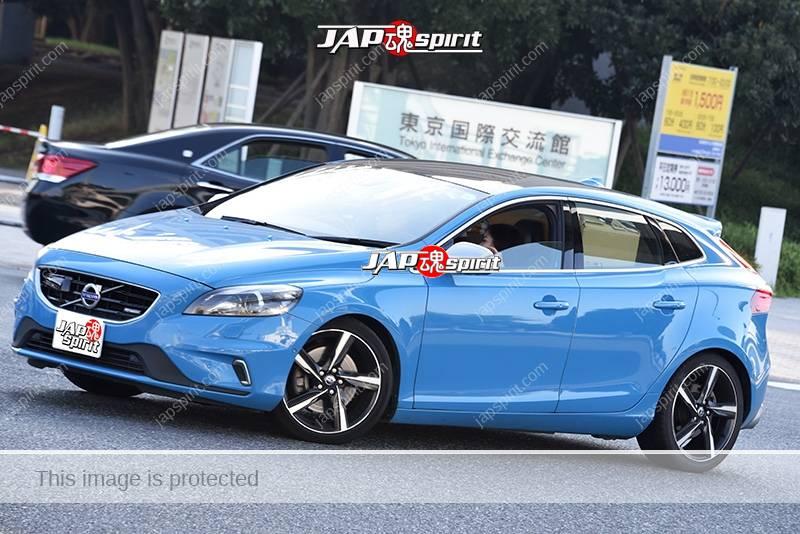 Photo of Stancenation 2016 Volvo V40 blue body at odaiba