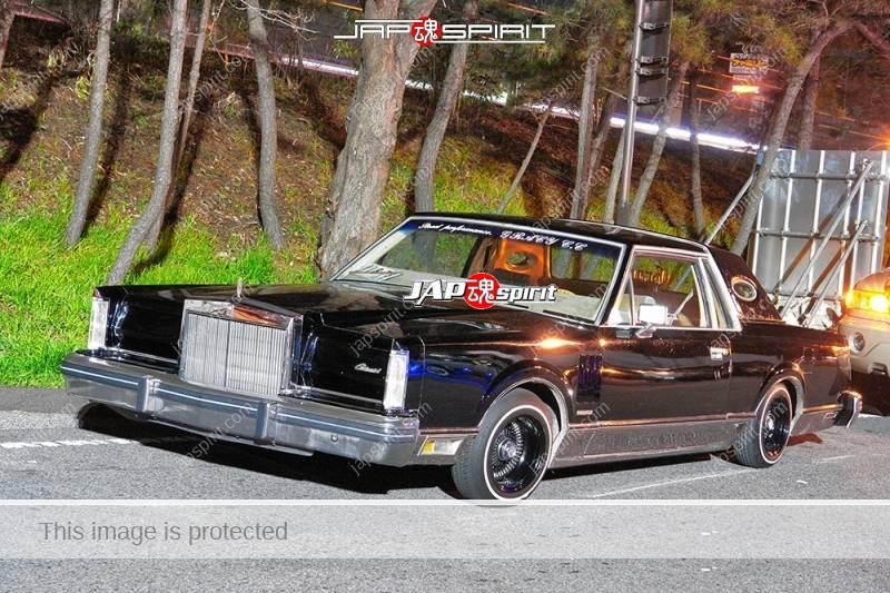 LINCOLN Continental 5th black color lowrider style at Moriya PA