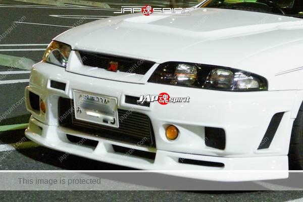 NISSAN SKYLINE GT-R BCNR33, WHITE COLOR, sporty fender & wheel, white color (2)