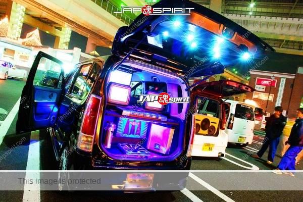 Photo of SUZUKI Wagon R, sotomuki sound car style, three LCD screen & interior lighting up