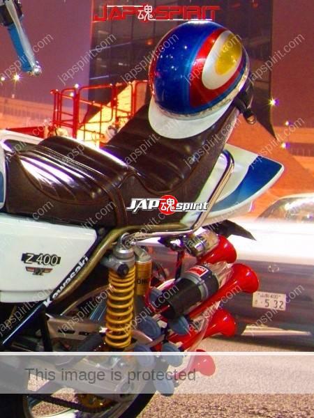 KAWASAKI Z400FX Zokusha style, Dynamic rocket cowl, air horn, Sandan sheet (1)