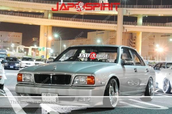 NISSAN CIMA FY32, VIP style, silver color & cheome wheel (2)