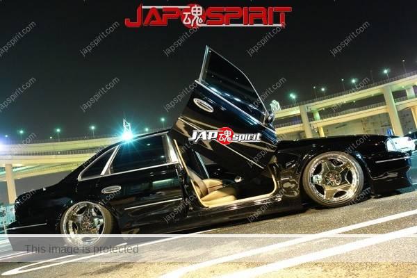 NISSAN INFINITI Q45 VIP style, Scissor-door door, dandy black color (6)