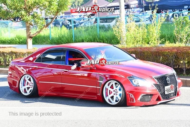 Photo of Stancenation 2016 Toyota Crown S18 VIP hellaflush red body tsuraichi blister fender